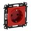 Изображение Valena LIFE.Силовая розетка 2К+З 16А 250В с защитными шторками.Безвинтовые зажимы.С лицевой панелью.Красная