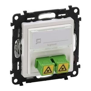 Изображение Valena LIFE.Оптическая розетка для подключения оптоволоконных кабелей SC/APC.С лицевой панелью.Белая