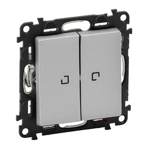 Изображение Valena LIFE.Выключатель двухклавишный 10АХ 250В с подсветкой.С лицевой панелью.Алюминий
